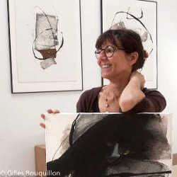 Kitty Sabatier dans son atelier