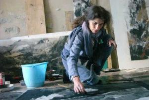 Saint-Jean-des-Arts Paule Riché dans son atelier