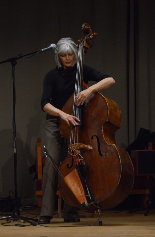 Christiane Ildevert (contrebasse, chant)