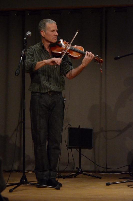 Patrice Gabet (violon, chant)