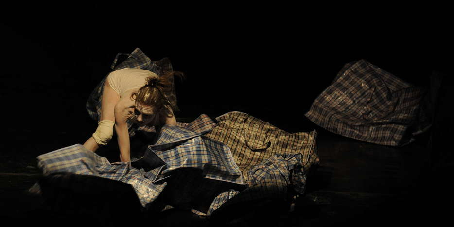 Lorna Lawrie -Territoire Abîme - Danse Butô